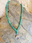Collier Agate pourpres/Vert pendentif dauphin